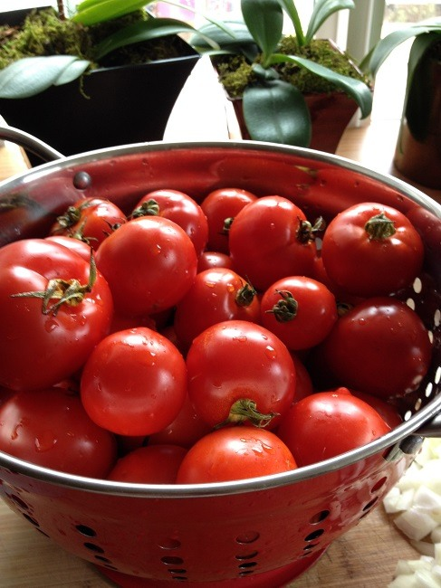 Vine-ripened Early Girl tomatoes, fresh from the Farmer's Market and oh so tasty!